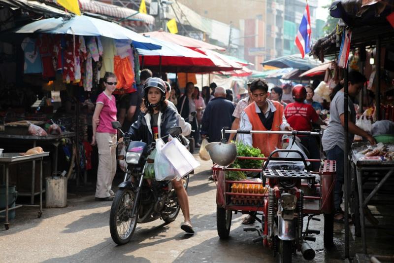 Pak Chong morning and evening markets
